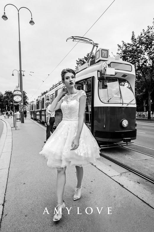 Suknie ślubne Amy Love Bridal 2017 / Lucrezia